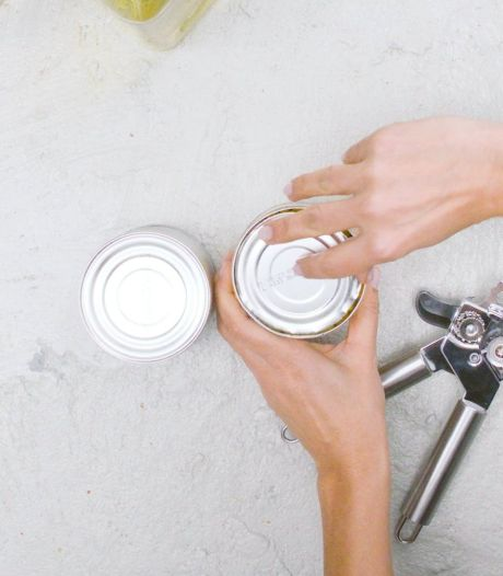 Keukenheks: Je hebt een blikopener altijd op de verkeerde manier gebruikt, zo moet het wél