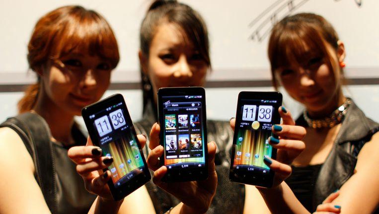HTC-toestellen die draaien op Android. Beeld AP