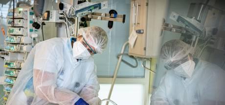Britse onderzoekers: wie weinig beweegt, loopt hoger risico op dood door corona