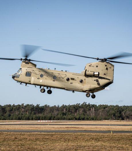 Chinooks leveren veel werk op bij Vliegbasis Woensdrecht: 'Hier wil iedereen aan sleutelen'