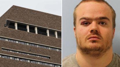 Tiener bekent moordpoging in Tate Modern nadat hij jongetje (6) van tiende verdieping had gegooid