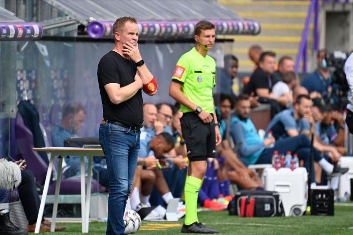 """KV Mechelen-trainer Wouter Vrancken: """"Het wordt zaak om er 90 minuten te staan, en het niet laten hangen, zoals vorig weekend wel gebeurde."""""""
