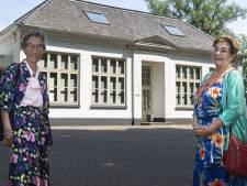 Oud gebouw, nieuwe bestemming: zussen nemen na bijna 60 jaar weer kijkje waar ze opgroeiden in Usselo