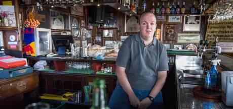 Horecaondernemer Danny houdt terras op 21 april dicht: 'Dit is zelfmoord, zo'n soort tent ben ik niet'