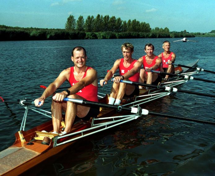 De dubbel vier van roeivereniging Breda behaalde in 1999 goud bij de WK voor veteranen. Vlnr: Sander Verheugd, Albert Steenman, Rien de Jager en Kees Ligthart.