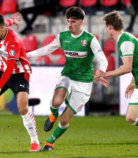 Feyenoord-huurling Silva (19) vindt draai in Dordrecht: 'Ik heb geleerd van de levenslessen van Kobe Bryant'