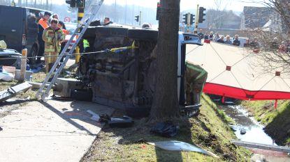 Bestuurder (52) zwaargewond na ongeval op N44 in Kleit
