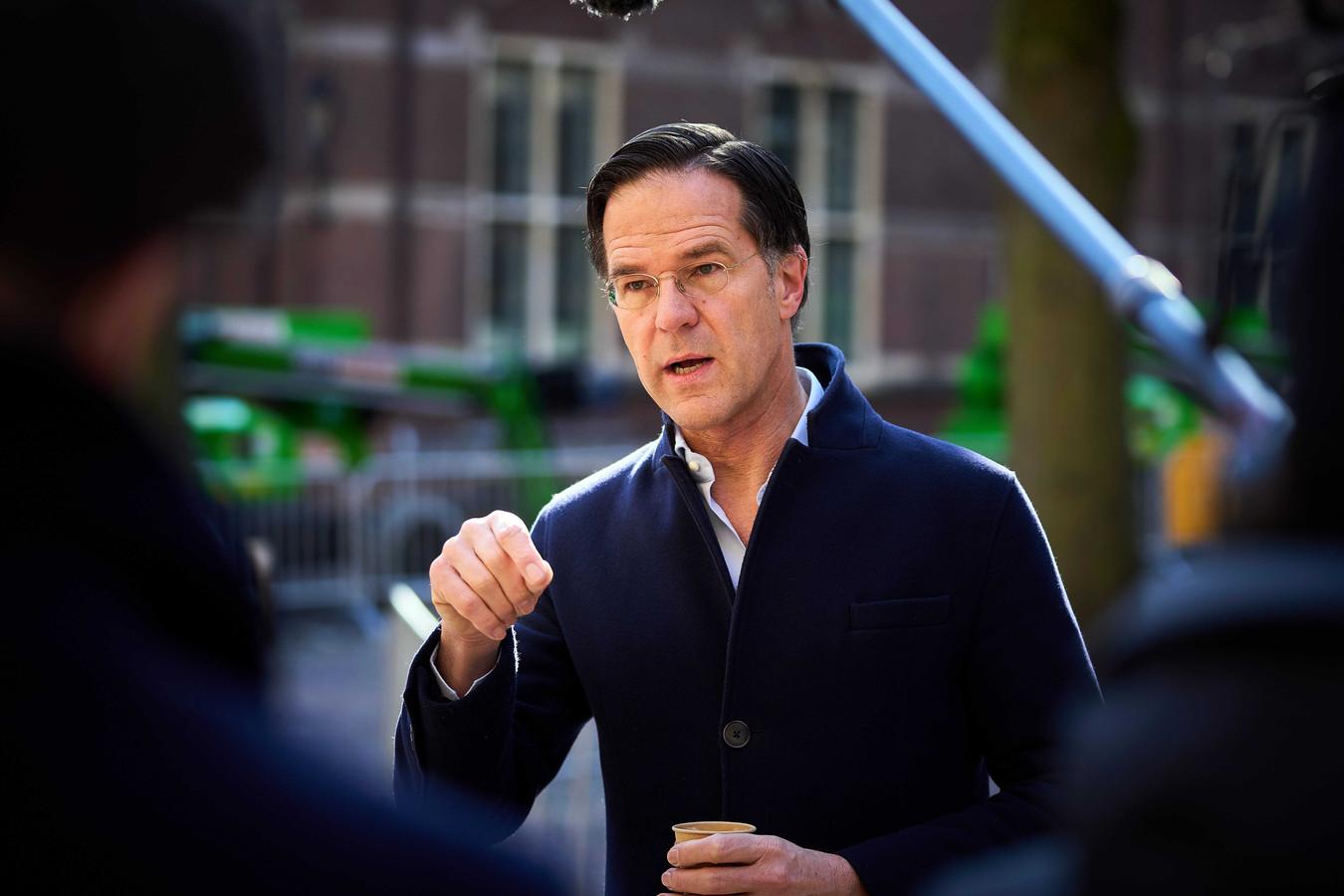 Demissionair minister-president Mark Rutte (VVD) op het Binnenhof.