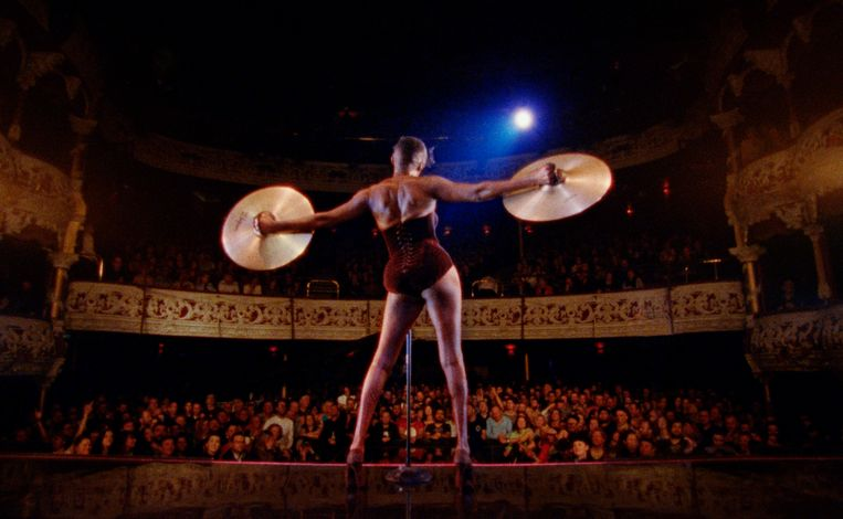 Grace Jones in 'Bloodlight and Bami'. Beeld rv