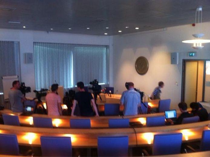 De persconferentie over de moord op Linda van der Giesen.
