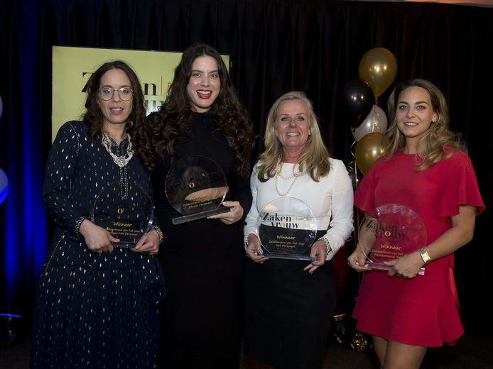 De winnaars van de awards voor de zakenvrouw van het jaar. Van links naar recht Nadia Barquiouas, Danielle van Grondelle Nina Hooimeijer en Sanne de Vries.