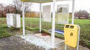 Weer twee bushokjes vernield in Michelbeke: burgemeester doet oproep tot getuigen