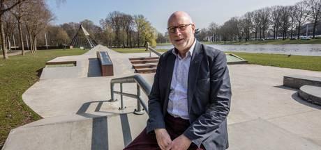 Helmondse ambtenaar 'wijkzaken' Bert Valentijn gaat met pensioen