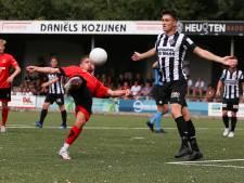 Helmond Sport neemt afscheid van proefspelers, Roemeens avontuur voor Poelmans