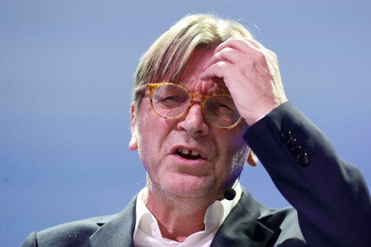 De overheidsuitgaven rijzen vooral de pan uit door een sterke toename van subsidies. Dat is een politiek die gestart is onder de tweede regering van Guy Verhofstadt (Open Vld).  Beeld BELGA