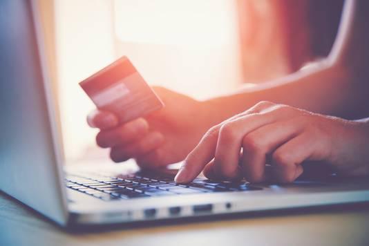 Bij sommige restaurants kun je een afschrijving tegemoet zien van je creditcard als je niet komt opdagen.