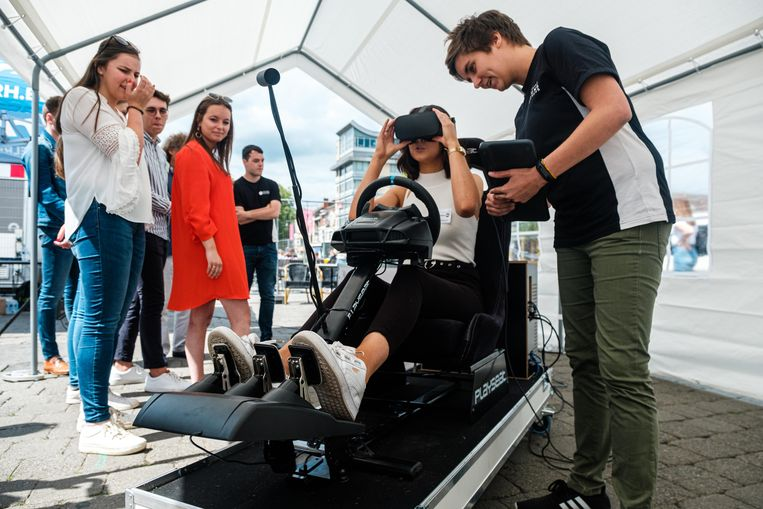 Voorstelling 3D-simulator van Responsible Young Drivers ter preventie van rijden onder invloed van alcohol en drugs.