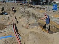 Archeologen graven naar stadspoort: 'Oldenzaal is complexe archeologische puzzel'