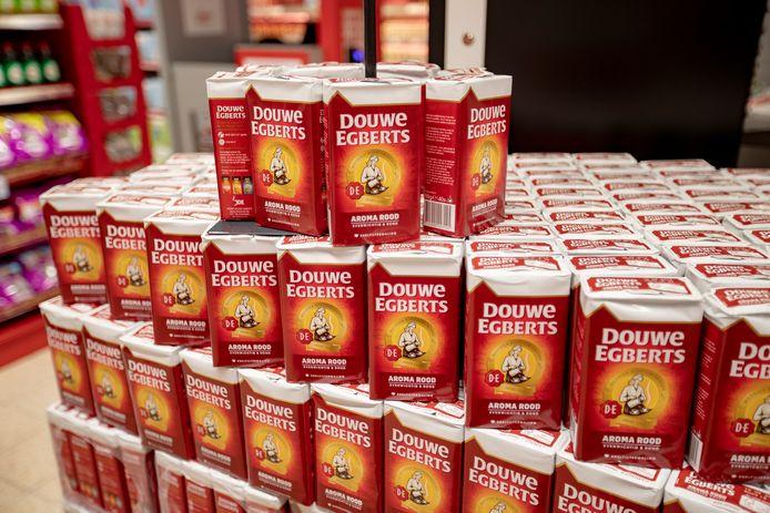 Een Eindhovenaar laadde keer op keer zijn boodschappentas vol pakken koffie. De winkeldiefstallen kosten hem drie jaar cel.