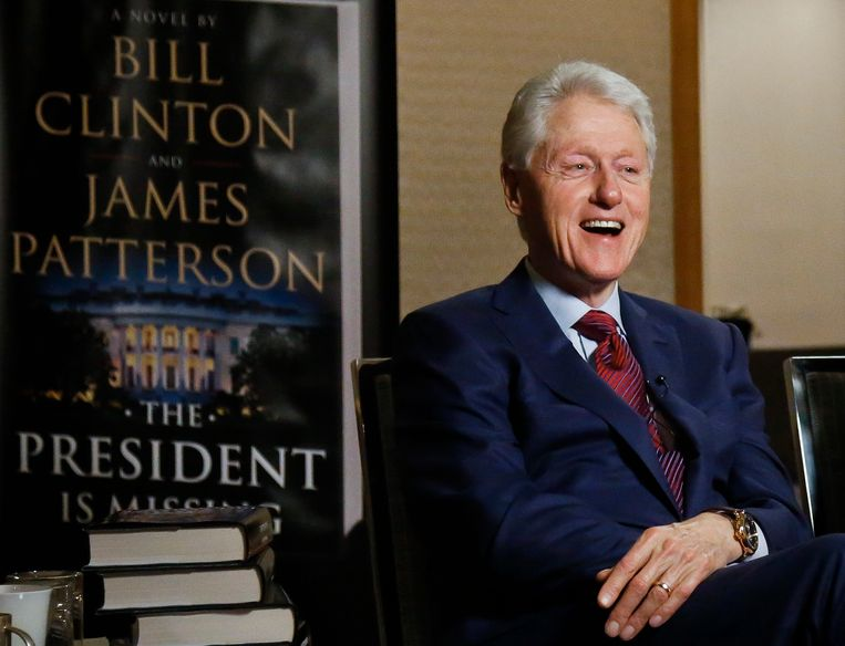 Voormalig president Bill Clinton gaf interviews over zijn samenwerking met Patterson.