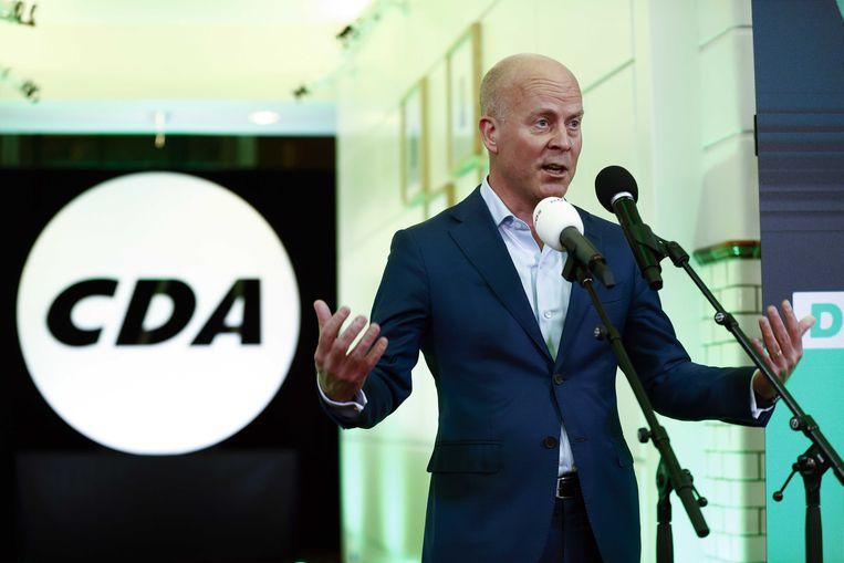 Campagneleider Raymond Knops van het CDA reageert in het partijbureau op de exitpoll voor de Tweede Kamerverkiezingen.  Beeld ANP