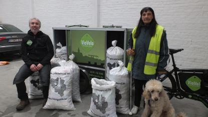 Denise verzamelt 3.510 kilogram dopjes voor geleidehonden