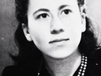 Truus met haar vergeet-me-niet-ogen schoot op haar 22ste een NSB'er dood: vandaag werd ze eindelijk geëerd