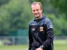 Bij Apeldoornse trainer Martijn Jongbloed vloeit het voetbal door zijn aderen