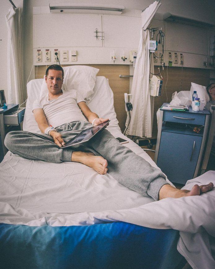 Marten van Gilst uit Koudekerke twee dagen nadat hij een nieuwe nier kreeg