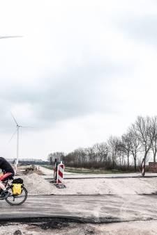 Windpark Bijvanck krijgt broertje: er komt een zonneveld bij de windmolens bij Angerlo