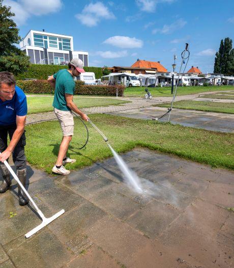 Campings langs de Waal herstellen langzaam: 'Met wat geluk kunnen we eind juli alle plekken weer gebruiken'