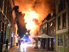 Grote brand in binnenstad Steenwijk verwoest kapsalon en omliggende panden