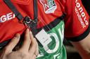 De tag waarmee bewegingen van fans in het stadion gevolgd werden.