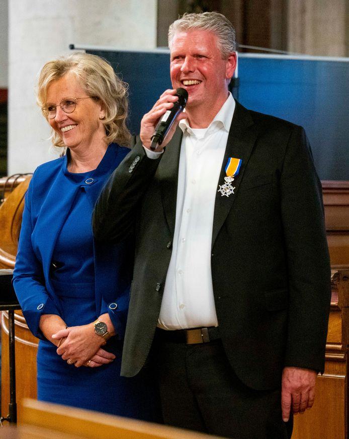 Pieter Heykoop uit Yerseke kreeg een koninklijke onderscheiding in Dordrecht.