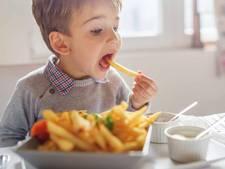 Professor: 'Ongezonde voeding op lange termijn zeer schadelijk voor gezondheid'