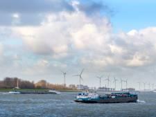 Pas na zomer meer bekend over start van bouw windturbines tegenover Maassluis