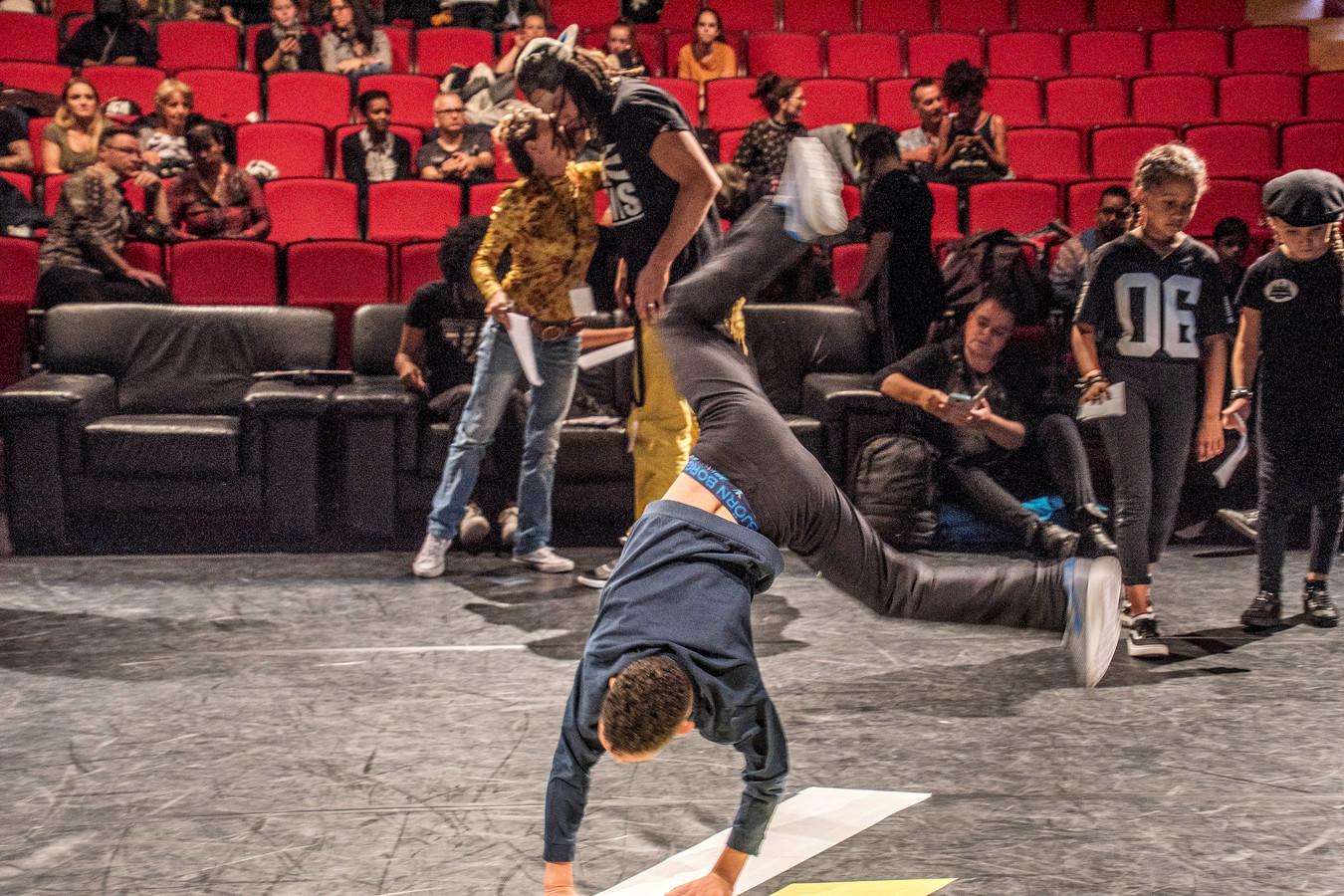 Breakdance-lessen bij Factorium.