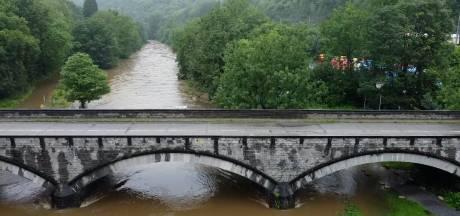 Les images impressionnantes de cours d'eau filmées par drone