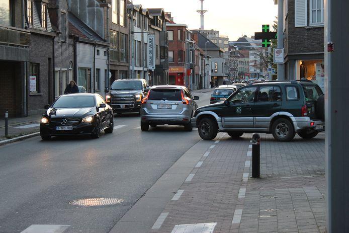 Deze week is het rustiger in de Oostveldstraat, door de herfstvakantie. Maar vanaf maandag wordt het daar weer de hel.