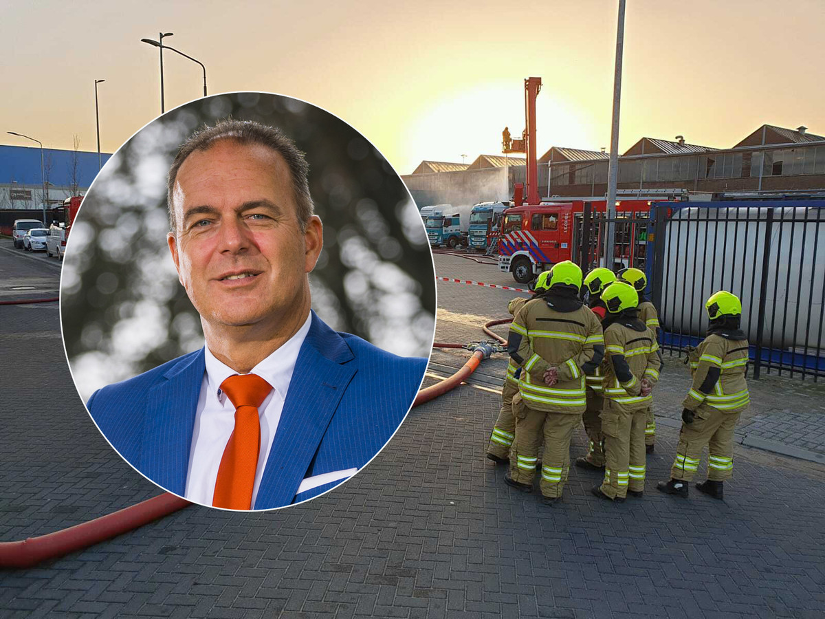 Burgemeester Jaap Paans was één van de eerste melders van de stank in Alblasserdam.