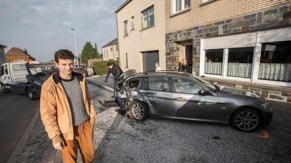 Autodieven trekken spoor van vernieling