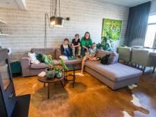 Tessa verkoopt haar dubbele bovenwoning: 'Groeiende eigen zaak én drieling vragen om een ander huis'