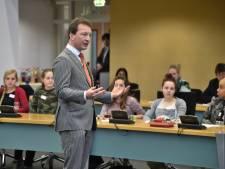Max één uur vergaderen, liefst online - dan willen jongeren wel meedoen aan politiek