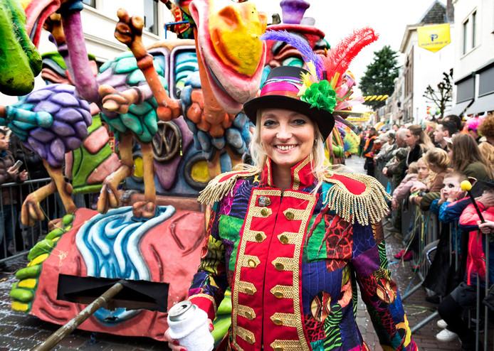 Volop carnavalspret in de IJsselsteinse winkelstraten.