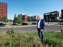 """Wethouder Hans Buijtelaar (VVD, Verkeer) op De Nieuwe Poort: ,,We hopen onder meer op subsidie vanuit de rijksoverheid, te meer omdat ook daar de noodzaak van het bouwen van huizen wordt gevoeld."""""""
