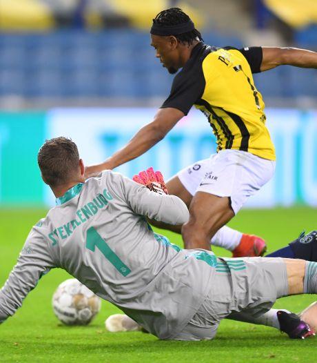 Vitesse sluit seizoen af met nederlaag tegen Ajax