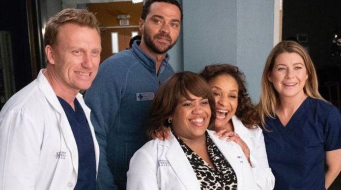 Grey's Anatomy kreegt meer seizoenen dan 'ER'.