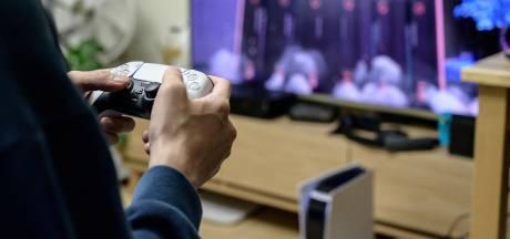 """La presse chinoise qualifie les jeux vidéo """"d'opium mental"""", le secteur plonge en Bourse"""