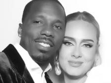 Adele showt nieuwe vriend op sociale media