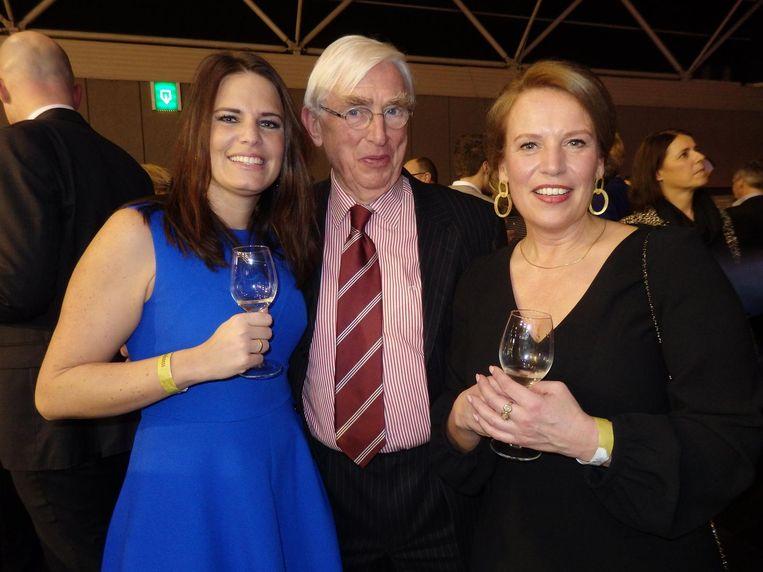 Melissa Rotteveel (politiek adviseur Van der Burg), oud-CDA-raadslid Lex van Drooge en Ellis van der Weerden (directeur Sportservice Noord-Holland). Beeld Schuim